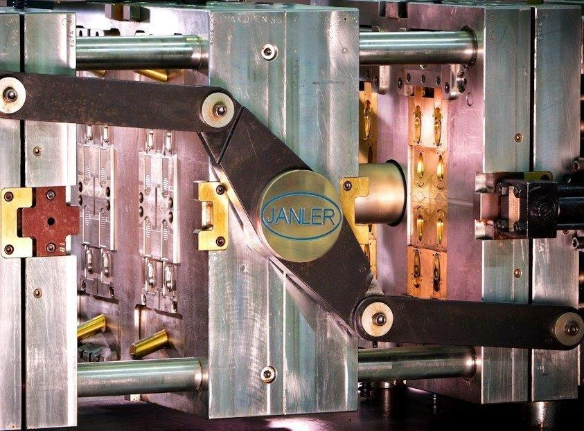 High-precision molds   Critical-tolerance molds   Complex